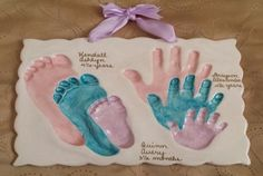 Sibling foot and handprints in clay Sibling foot and handprints in clay The post Sibling foot and handprints in clay appeared first on Salzteig Rezepte. Family Crafts, Baby Crafts, Toddler Crafts, Crafts To Do, Crafts For Kids, Baby Handprint Crafts, Clay Handprint, Footprint Crafts, Baby Footprints