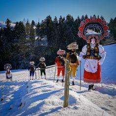 Silvesterchläus, Photo by Hans Zürcher, Teufen, Switzerland