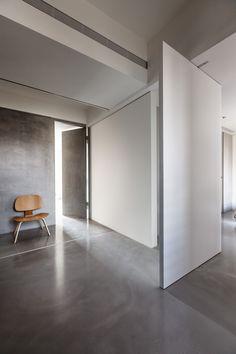 http://www.heycheese.com/73674/2437698/photography-/wei-yi-design-associates-kaohshung-river-west