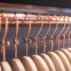 Odd Molly hanger in Odd Molly Boutique! Boutique Interior, My Boutique, Fashion Boutique, Lingerie Store Design, Jewelry Store Design, Jewelry Shop, Rose Gold Room Decor, Home Decor, Backgrounds