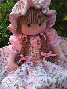 Fabric Doll Pattern, Cat Fabric, Fabric Dolls, Fabric Art, Doll Games, Art Dolls, Doll Clothes, Handmade Gifts, Textiles