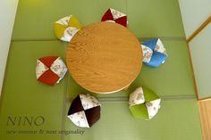 大人気のおじゃみ座布団を紹介します。  色柄共にバリエーション豊かなおじゃみ座布団は、 組み合わせによってお部屋の印象が変わります。  今回は、同柄色違いのおじゃみ座布団をご紹介を致します。おじゃみ座布団の画像 | NINO