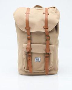 Herschel Supply Co. Little America 20 Ounce Backpack 這一色很好配