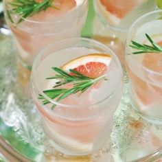 Coctel de pomelo o toronja y romero | Grapefruit and rosemary cocktail