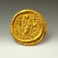 Justinian I, 527 -565 Solidus, AV | Sands of Time Ancient Art