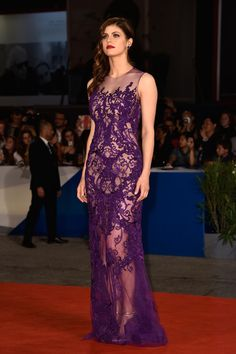 Alexandra Daddario in Reem Acra at the Venice Film Festival premiere for Burying The Ex on September 4, 2014.