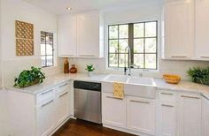MARBLE AND WHITE U SHAPED KITCHEN SMALL - Google Search