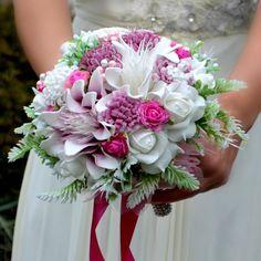 Wedding bouquet Arneth cyklamen, hairpiece  and boutonniere by Marcellinewedding on Etsy