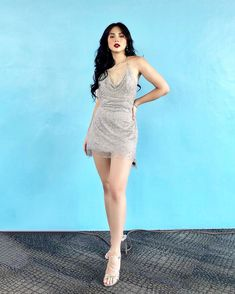 Ylona Garcia, Heart Evangelista, and Janella Salvador Show You How to Wear Metallic Pieces - Star Style PH Ylona Garcia Outfit, Silver Dress, White Dress, Heart Evangelista, Filipina Beauty, Outfit Goals, Dance Outfits, Everyday Outfits, Star Fashion