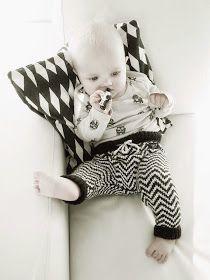 Lämmin ilo: Babypantsit / OHJE Drops Design, Cool Kids, Baby Car Seats, Knit Crochet, Onesies, Knitting, Children, Inspiration, Clothes