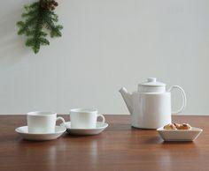 ポット   イッタラ Tea Pots, Scrap, Tableware, Shopping, Dinnerware, Tablewares, Tea Pot, Dishes, Place Settings