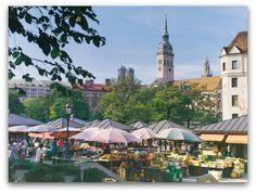 The Viktualienmarkt (140+ stand farmer's market) in Munich, Germany