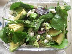 spinach avocado feta scallion salad Lunch To Go, Lunch Box, Spinach And Feta, Lunchbox Ideas, Roasted Chicken, Greek Yogurt, Celery, Potato Salad, Cabbage