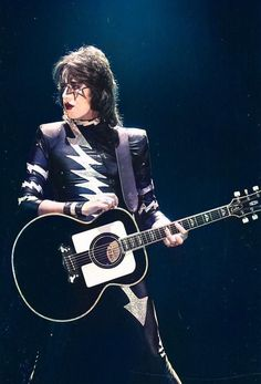 Z Music, Music Is Life, Gene Simmons Bass, Banda Kiss, Eric Carr, Peter Criss, Vintage Kiss, Kiss Pictures, Best Kisses