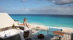 Casa Turquesa Hotel Boutique Cancun Offering Caribbean Sea views, this luxurious boutique hotel offers attractive accommodation, first-rate services and delicious dining options near all of Cancun's attractions and activities. It includes a pool, spa and on-site art gallery.