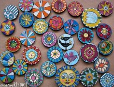 Artfest trades::set 2 ~ Regina Lord of Creative Kismet - Artfest trades::set 2 ~ Regina Lord of Creative Kismet painted wood discs for pendants, key chains etc… Crafts For Teens To Make, Crafts To Sell, Diy And Crafts, Easy Crafts, Cool Wood Projects, Wood Projects For Beginners, Dollar Store Crafts, Craft Activities For Kids, Spring Crafts
