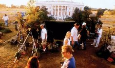 """Behind the Scenes of """" Independence Day """" ( 1996 ) in the background you see the highly detailed model of THE WHITE HOUSE which is attacked by Aliens an then blown to bits ! One of many cool scenes, and outstanding Visual Effects. Indiana Jones, Star Wars, Independence Day 1996, Beloved Film, Independance Day, Top Film, Famous Movies, Hollywood, Scene Photo"""