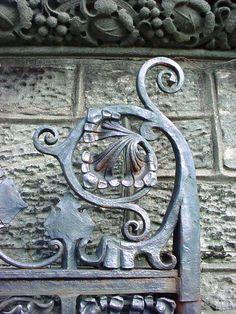 Samuel  Yellin gate restoration