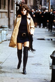 Jane Fonda (here in the movie Klute from 1971) (December 21, 1937) American Oscar winning actress.