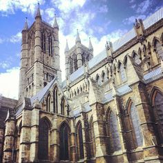Lincoln Cathedral as seen from its south.    Stunning gothic and medieval architecture in a stunning historic city.#MedievalJousting #JustJoustIt
