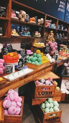 Lush. Enough said.♡