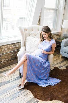 stunning + elegant maternity photo ideas | little peanut magazine