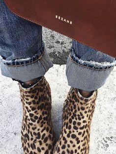 Les boots léopard, éternellement tendances...