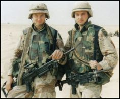 Early days - Desert Shield/Desert Storm Very young men off fighting a war.these were taken in Saudi Arabia before the ground war. For Jeff. Military Gear, Military Veterans, Military History, Military Uniforms, Operation Desert Shield, My War, Us Marine Corps, Military Modelling, Iraq War