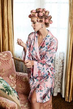 Dreamy Short Robe