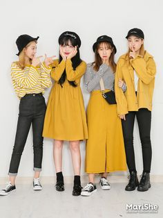 Korean Fashion Trends you can Steal – Designer Fashion Tips Korean Fashion Trends, Korean Street Fashion, Korea Fashion, Asian Fashion, Cute Fashion, Look Fashion, Girl Fashion, Fashion Outfits, Fashion Design