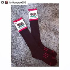 #Repost @brittanyrae555 with @repostapp  YAS  My #california @moxysocks are here! I can't wait to wear these at nationals!  Only 12 more days until me and @mayamalibu take off for Atlanta!!! WOOP! #raw #nationals #rawnats2016 #power #powerlifting #girlswholift #girlswhopowerlift #gwpl #georgia #socks #moxysocks #cali #coast #slo #sanluisobispo #motivation #athlete #gains #fit #fitness #lyonelitefitness #gym #gymlife #addicted #nevergiveup