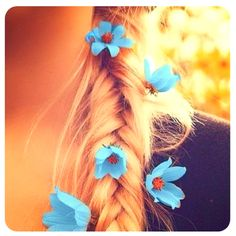 Flowers in the fishtail :) love it