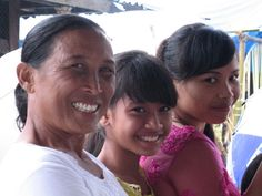 Mother & daughters in Bali.