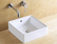 Schöner Badchrank mit Waschbecken Weiß 60 Badmöbel Hängeschrank Batterie Siphon