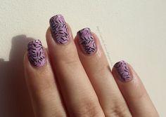 double stampedg pink holo nailart black white