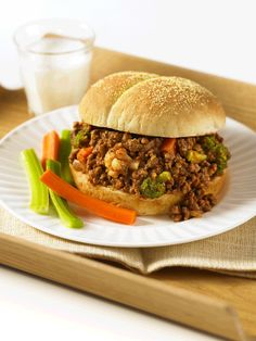 Speedy Beef Sloppy Joes Recipe by Canadian Beef Lamb Recipes, Veggie Recipes, Dinner Recipes, Frozen Vegetables, Mixed Vegetables, Ground Meat Recipes, Sloppy Joes Recipe, 7 Day Meal Plan, Ground Beef Recipes