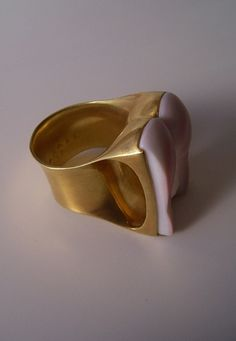 """O"" RING. Carved seashell, 2008 