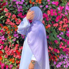 Hijab Fashion Summer, Modern Hijab Fashion, Hijab Fashion Inspiration, Abaya Fashion, Muslim Fashion, Mode Inspiration, Fashion Outfits, Fashion Ideas, Mode Abaya