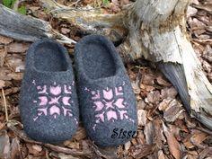 Tiia Meitus. Felted slippers
