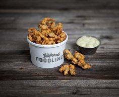 Hopgoods Foodliner (Eds Style Fried Clams) 325 Roncesvalles Ave Seafood Dishes, Seafood Recipes, Wine Recipes, Dog Food Recipes, Yummy Recipes, Fried Clams, Food Stall, Southern Recipes, Yummy Food