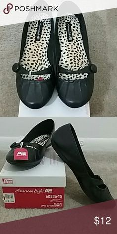 American Eagle Flats Black flats with cheetah print interior. Super cute and never been worn. I wish they were my size! American Eagle Outfitters Shoes Flats & Loafers
