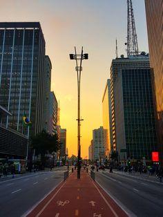 Dusk at Paulista Avenue, São Paulo — Steemit Brazil Wallpaper, City Wallpaper, Paradise Places, City Aesthetic, Sistema Solar, Packing List For Travel, Celebrity Travel, Belle Photo, Photos