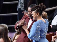 Pin for Later: Revivez Ce Qu'il S'est Passé Pendant les Oscars de 2015 David Oyelowo et Ava DuVernay Se Sont Fait un Câlin