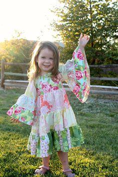 Hazel's Hippie Dress PDF Pattern size 6/12 von CreateKidsCouture