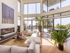 Inside a modern #Hollywood Hills estate