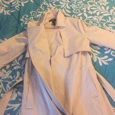 NWT Forever21 Trenchcoat NWT Beige Forever21 Trench Coat Forever 21 Jackets & Coats Trench Coats