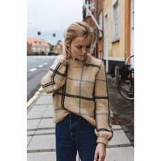Scotty Sweater pattern by PetiteKnit - knitting patterns and other ideas Looks Style, My Style, Curvy Style, Diy Vetement, Knitting Designs, Knitting Tutorials, Sweater Weather, Pulls, Autumn Winter Fashion
