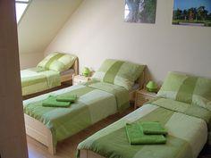 Pokoje 2 v Butler ubytování v soukromí Butler, Couch, Bed, Furniture, Home Decor, Settee, Decoration Home, Sofa, Stream Bed