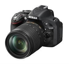 Nikon D5200 Kit obiettivo 18/140 VR. Fotocamera reflex.