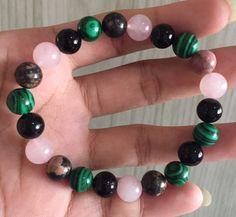 #stonebracelet  #bracelet #healingcrystals #fengshui  #charmbracelet #healingstone Healing Stones, Crystal Healing, Friendship Love, Heart Chakra, Stone Bracelet, Malachite, Peace And Love, Rose Quartz, Beaded Bracelets